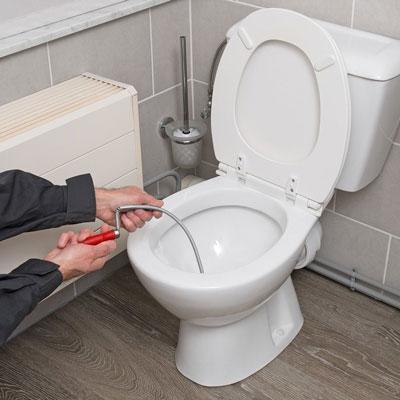 ontstoppingsveer bij verstopt toilet